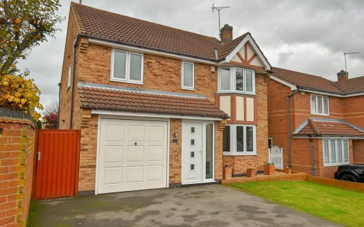 Diamond Avenue, Rainworth - Front